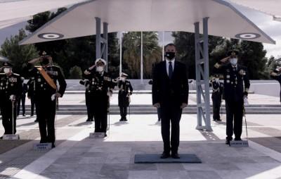 Στην τελετή εορτασμού του προστάτη της Πολεμικής Αεροπορίας ο Παναγιωτόπουλος