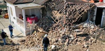 Ελασσόνα: Κατέληξε ο ηλικιωμένος που είχε καταπλακωθεί από το σεισμό - Στα 900 τα ακατοίκητα σπίτια