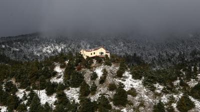 Χιόνισε στην Πάρνηθα