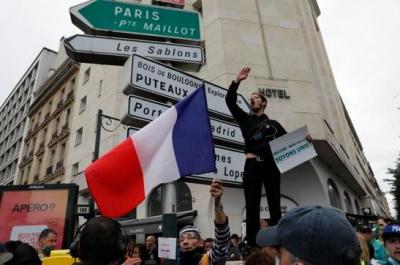 Γαλλία: Διαδηλώσεις κατά του πιστοποιητικού εμβολιασμού για 4ο συνεχόμενο Σαββατοκύριακο