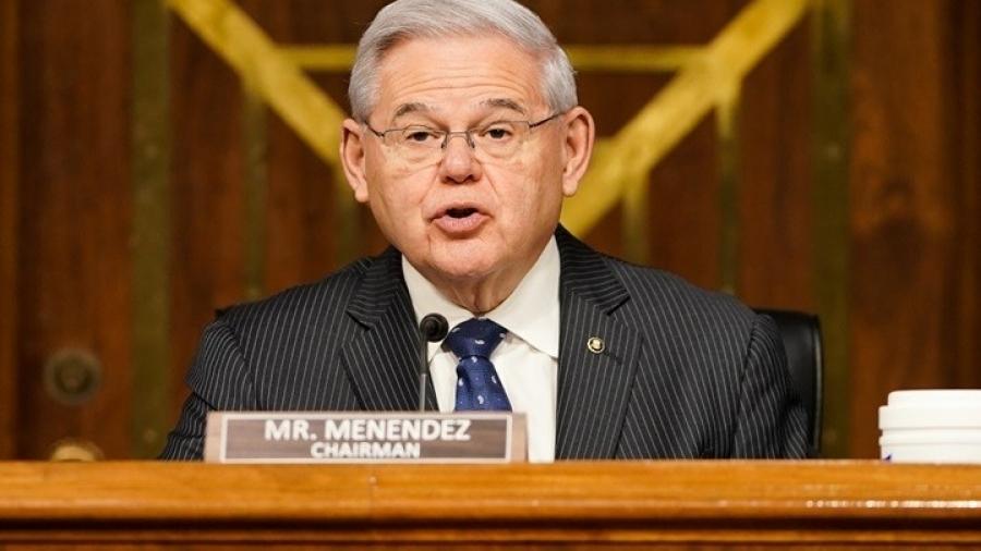 Γερουσιαστής Menendez: «Όχι» στην πώληση αμερικανικών όπλων στην Τουρκία