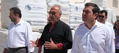 Τσίπρας στη Νάξο: Η στενή παρέα με τον Πρωτονοτάριο της Attica Bank παρά το πόρισμα