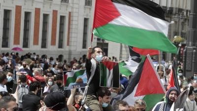 Μεσανατολικό - Ισπανία: Πάνω από 2.500 πολίτες διαδήλωσαν υπέρ των Παλαιστινίων