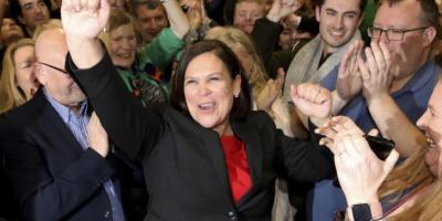 Ιρλανδία: Το Sinn Fein καλεί την EE να υποστηρίξει την επανένωση της Ιρλανδίας μετά την ιστορική εκλογική του νίκη