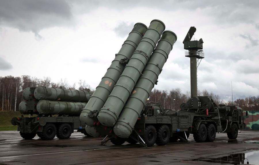 Haberturk: «Φορτώνει» στις 7/7 η Ρωσία τους S-400 για την Τουρκία – Την άλλη εβδομάδα η παράδοση τους