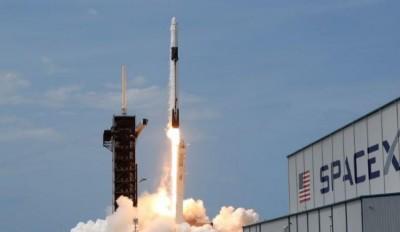 Ρωσία: «Υστερική» η αντίδραση του Trump για την επιτυχή εκτόξευση πυραύλου της SpaceX