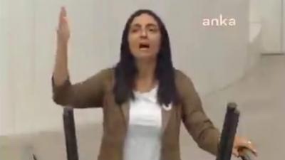 Τουρκία: Βουλευτής της αντιπολίτευσης τραγούδησε κατά τη διάρκεια συζήτησης στο κοινοβούλιο λόγω Erdogan