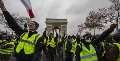 Γαλλία: Στους δρόμους και πάλι τα «κίτρινα γιλέκα», με την ελπίδα ότι το κίνημα θα ανακάμψει