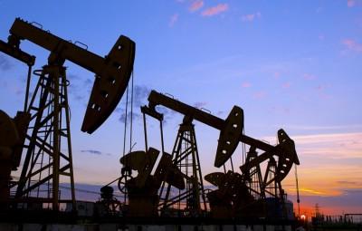 Πτώση στο πετρέλαιο – Στα 46,6 δολ. το WTI, κάτω από 50 δολ. το Brent