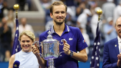 US Open: Κυρίαρχος στη Νέα Υόρκη ο Μεντβέντεφ – «Πάτησε» με 3-0 τον Τζόκοβιτς και πήρε τον τίτλο! (video)