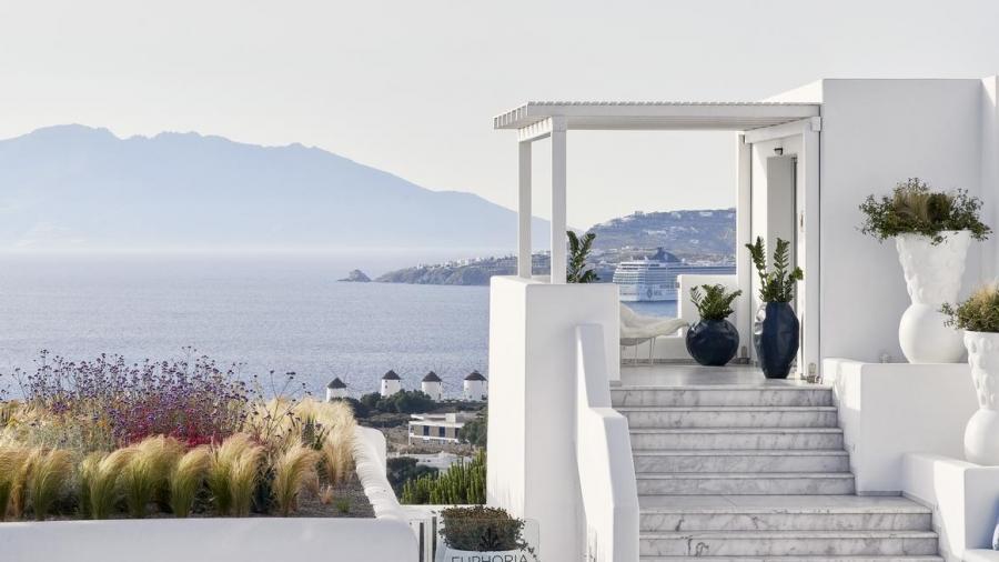 Η Contiki ανοίγει σήμερα τις κρατήσεις για ταξίδια σε Ελλάδα το 2022