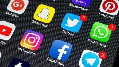 Τα social media ο νέος επικίνδυνος εθισμός, η τοξική παγίδα της κοινωνίας διεθνώς