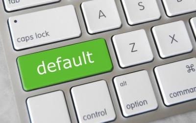 EE: Σήμα κινδύνου για έκρηξη πτωχεύσεων και επισφαλών επιχειρηματικών δανείων μετά τα moratoria