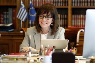 Συγχαρητήρια της Κατερίνας Σακελλαρόπουλου στον Στέφανο Τσιτσιπά