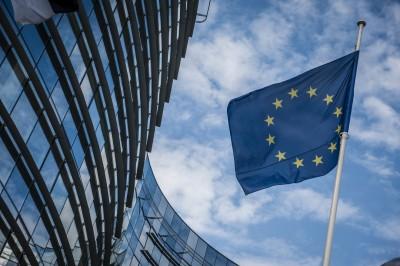 Κομισιόν: Καλεί τα κράτη της ΕΕ να βρουν λύση για τους 425 εγκλωβισμένους, στα ανοιχτά της Μάλτας, μετανάστες