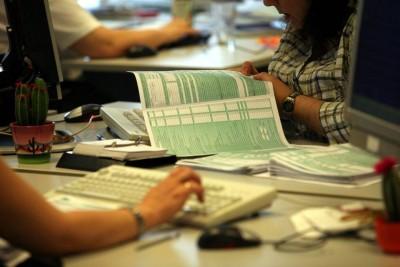 Η Εφορία εξοπλίζεται με τεχνητή νοημοσύνη στη μάχη κατά της φοροδιαφυγής