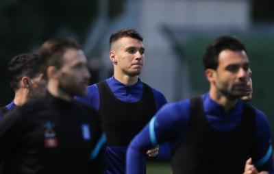 Κόσοβο – Ελλάδα: Με Δουβίκα και 3-5-2 παρατάσσεται η Εθνική!