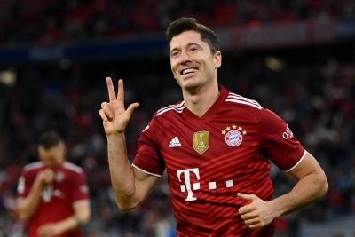 Μπάγερν Μονάχου – Χέρτα Βερολίνου 5-0: «Μαγικός» Λεβαντόφσκι έσπασε ρεκόρ του Γκερντ Μίλερ! (video)