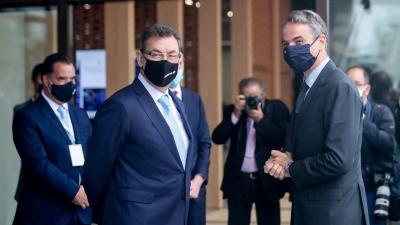 Μητσοτάκης: Ιστορική στιγμή η επένδυση της Pfizer στη Θεσσαλονίκη - Bourla: Συνεισφορά 600 εκατ. ευρώ