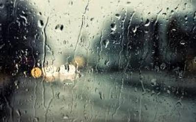 Κακοκαιρία με βροχές και καταιγίδες – Διακοπές ηλεκτροδότησης στη Αττική - Προβλήματα στην Κρήτη