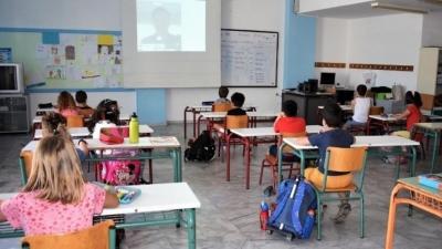 Νέα ΚΥΑ για κρούσμα κορωνοϊού στα σχολεία - Καραντίνα 10 ημερών από την έναρξη συμπτωμάτων
