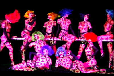Moulin Rouge, Crazy Horse, Lido, Michou - Τα γαλλικά καμπαρέ επιστρέφουν τον Σεπτέμβριο