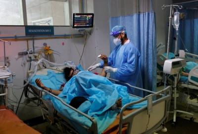 Ινδία: Πάνω από 4.000 θάνατοι σε μία ημέρα – Αυστηρότερα περιοριστικά μέτρα αποφάσισαν οι περιφέρειες (8/5)