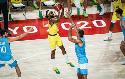 Μπάσκετ: H αήττητη Αυστραλία διέσυρε την Αργεντινή με 97-59 και βάζει πλώρη για το πρώτο της μετάλλιο σε Ολυμπιακούς Αγώνες!