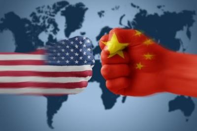 Ψυχρός πόλεμος ΗΠΑ - Κίνας: Η μάχη για παγκόσμια επιρροή συνεχίζεται με αφορμή το Χονγκ Κονγκ - Βολές κατά του Πεκίνου και από την Ευρωπαϊκή Ένωση