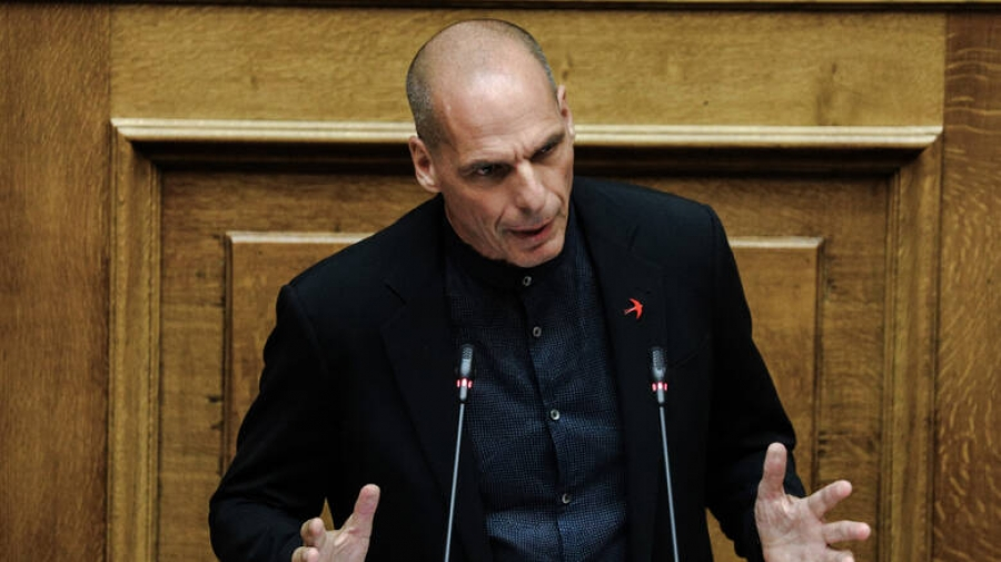 Βαρουφάκης: Κε.Μητσοτάκη είστε εγκαλούμενος – Ηγείστε μιας κυβέρνησης που πληγώνει τη Δημοκρατία