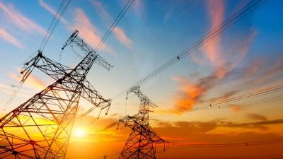 Εκ βάθρων μεταρρύθμιση των δημοπρασιών ηλεκτρικής ενέργειας θέλει η ΔΕΗ - Γιατί κατηγορεί τη ΡΑΕ για τις εξαγωγές προϊόντων ΝΟΜΕ