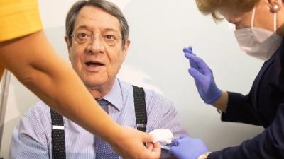 Εμβολιάστηκε με την τρίτη δόση ο Νίκος Αναστασιάδης: «Είναι θέμα κοινωνικής ευθύνης»