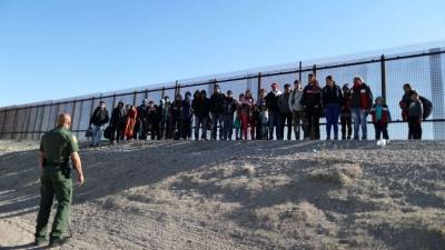 ΗΠΑ: Οι ψηφοφόροι των Ρεπουμπλικάνων όλο και πιο εχθρικοί απέναντι στους παράτυπους μετανάστες