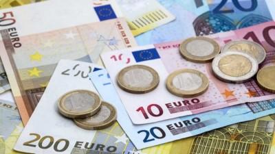 Αναδρομικά μέχρι 7.000 ευρώ σε 2.500.000 συνταξιούχους από 5 πηγές - Όλοι οι δικαιούχοι και τι θα πάρουν ανά κατηγορία