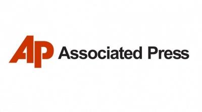 AP για πυρκαγιές στην Αττική: Τα σωστικά συνεργεία αναζητούν αγνοούμενους - Δεν υπάρχουν επίσημα στοιχεία