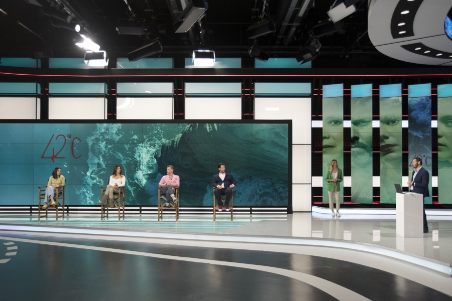 Cosmote TV: Eπίσημη παρουσίαση της νέας σειράς μυθοπλασίας 42 βαθμούς Κελσίου