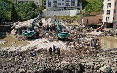 Φονικές πλημμύρες στην Τουρκία: Ο αριθμός των νεκρών ανήλθε σε 77