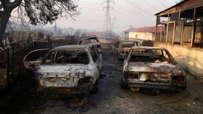 Η επόμενη μέρα στη Βαρυμπόμπη - Στάχτες και αποκαΐδια, οι περιουσίες των κατοίκων