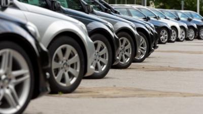 Εντυπωσιακό άλμα 355,3% στις πωλήσεις αυτοκινήτων τον Απρίλιο