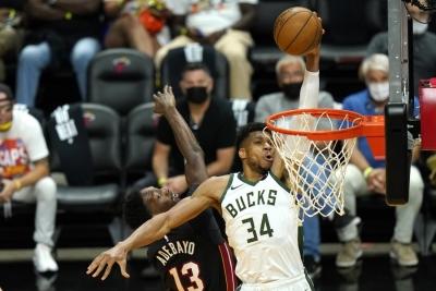 Τα play-off και ο «μαγικός» κόσμος του NBA στην COSMOTE TV