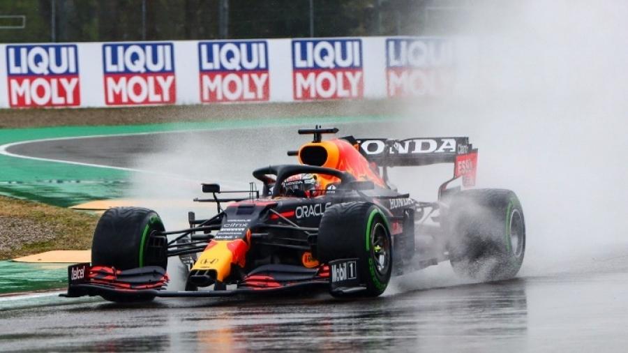 F1: O Verstappen νικητής στο επεισοδιακό Grand Prix στην Ίμολα