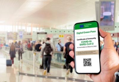 Ιταλία: Χρήση του Green Pass για Covid σε αεροπλάνα, πλοία και τρένα