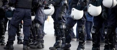 Αστυνομικός διαμεσολαβητής και ηχητικά μηνύματα στις διαδηλώσεις - Τι αλλάζει