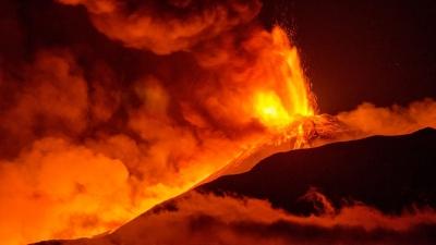 Μετά από 34.000 σεισμούς εξερράγη ηφαίστειο στην Ισλανδία