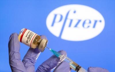 Διέρρευσε συμφωνία μεταξύ ΕΕ - Pfizer: Η τιμή για κάθε εμβόλιο είχε οριστεί στα 15,5 ευρώ