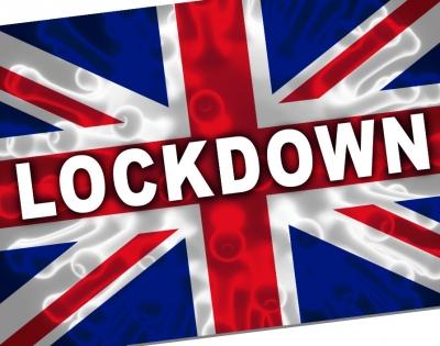 Χαλαρώνει το lockdown η Μεγάλη Βρετανία – Τον Μάιο επανέναρξη ταξιδιών