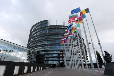 Ευρωπαϊκό Κοινοβούλιο: «Πράσινο φως» για μείωση των εκπομπών αερίων κατά 60% έως το 2030