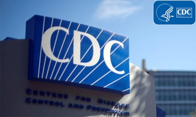 HΠΑ: Οι εμβολιασμένοι μαθητές και εκπαιδευτικοί να «πετάξουν» τις μάσκες
