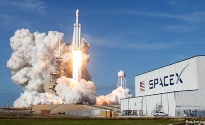 SpaceX: «Φρέσκα» κεφάλαια 1,6 δισ. δολ. παρά τις αποτυχημένες δοκιμές