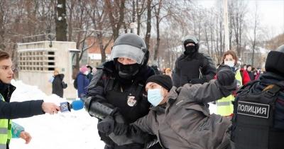 Ρωσία: Αύξηση των προστίμων για απείθεια κατά της αστυνομίας στις διαδηλώσεις